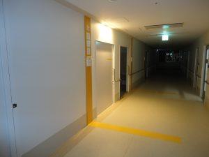 3F病室前ダウンライト